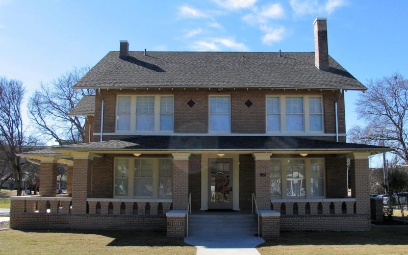 Restored Historic House is the New Home for ArtCentre of Plano